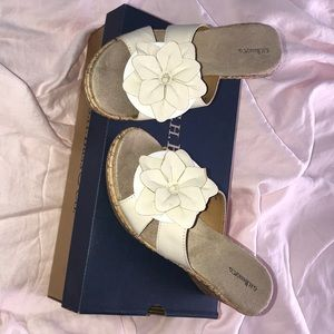 New in box G.H.Bass wedge sandals 7.5M